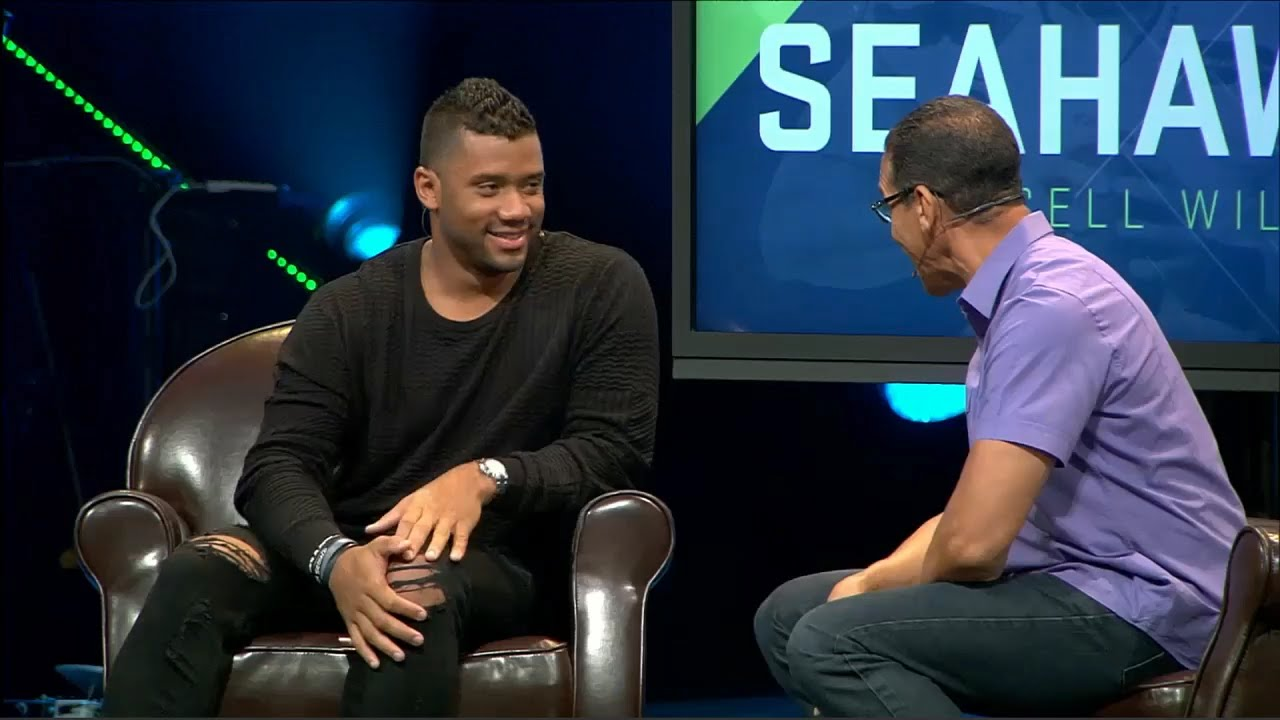 Russell Explains Why He hasn't Had Sex With Ciara [WATCH]