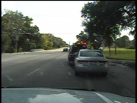 Sandra Bland's Arrest : Compare the Two Versions of the Dashcam Video