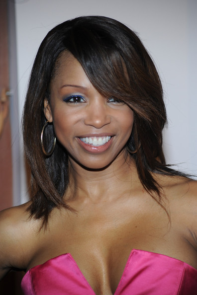 elise neal has the internet screaming over her body at age